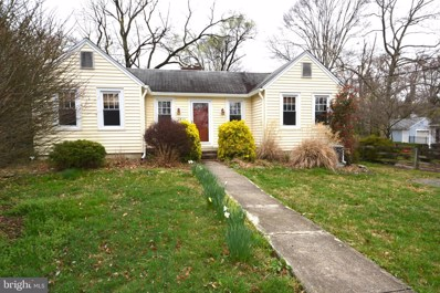 2814 Woodlawn Avenue, Falls Church, VA 22042 - #: VAFX1119820