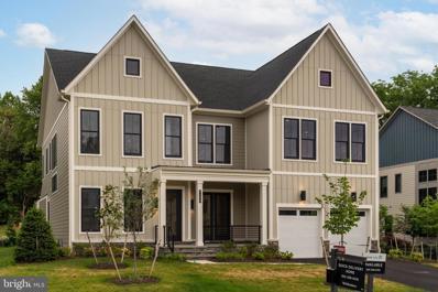 7198 Greyson Woods Lane, Mclean, VA 22101 - #: VAFX1121766