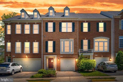 12693 Heron Ridge Drive, Fairfax, VA 22030 - #: VAFX1126794