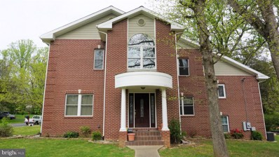 7301 Brad Street, Falls Church, VA 22042 - #: VAFX1127248