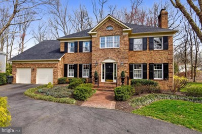 5904 Moss Wood Lane, Mclean, VA 22101 - #: VAFX1130854