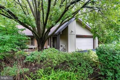 5941 Hall Street, Springfield, VA 22152 - #: VAFX1137522