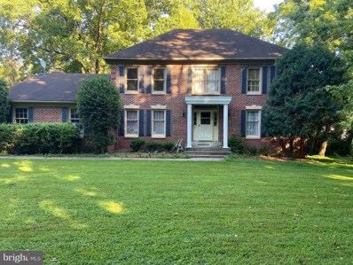 3502 Holly Road, Annandale, VA 22003 - #: VAFX1140856
