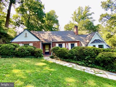 6834 Woodland Drive, Falls Church, VA 22046 - #: VAFX1143402
