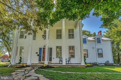 637 Oak Street, Herndon, VA 20170 - #: VAFX1143842