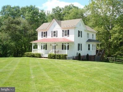 10114 Georgetown Pike, Great Falls, VA 22066 - #: VAFX1151892