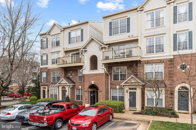7009-B  Metropolitan Place UNIT 301, Falls Church, VA 22043 - #: VAFX1174560
