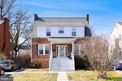 2804 Woodlawn Avenue, Falls Church, VA 22042 - #: VAFX1180586