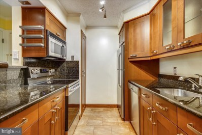 1530 Lincoln Way UNIT 204, Mclean, VA 22102 - #: VAFX1186818