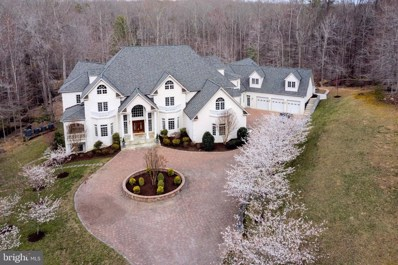 8033 Woodland Hills Lane, Fairfax Station, VA 22039 - #: VAFX1188332