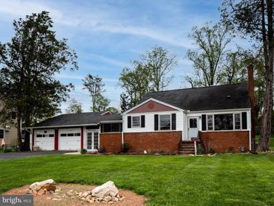 3317 Slade Run Drive, Falls Church, VA 22042 - #: VAFX1193654