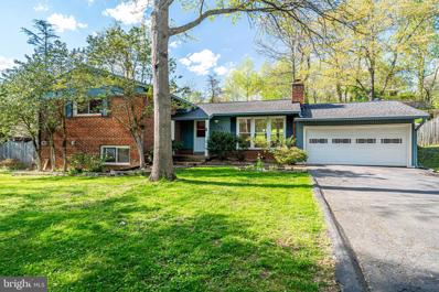 3511 Slade Run Drive, Falls Church, VA 22042 - #: VAFX1195342