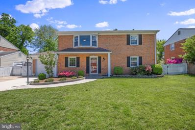 4013 Mapleton Drive, Chantilly, VA 20151 - #: VAFX1199728
