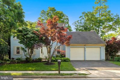 3725 Charles Stewart Drive, Fairfax, VA 22033 - #: VAFX1202004