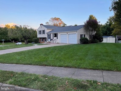 15301 Blueridge View Drive, Centreville, VA 20120 - #: VAFX2023226