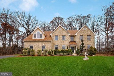 4401 Forest Hill Drive, Fairfax, VA 22030 - #: VAFX524008