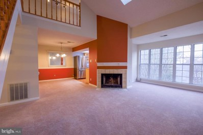 3804 Green Ridge Court UNIT 301, Fairfax, VA 22033 - #: VAFX744628
