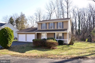 10003 Five Oaks Road, Fairfax, VA 22031 - #: VAFX844696