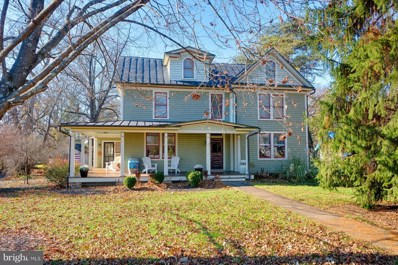 351 S Orchard Drive, Purcellville, VA 20132 - MLS#: VALO180042