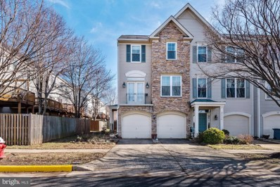 25334 Ashbury Drive, Chantilly, VA 20152 - #: VALO326322