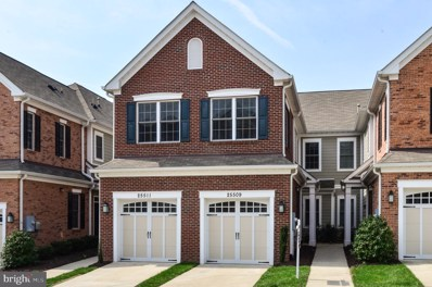 25509 Feltre Terrace, Chantilly, VA 20152 - #: VALO381150