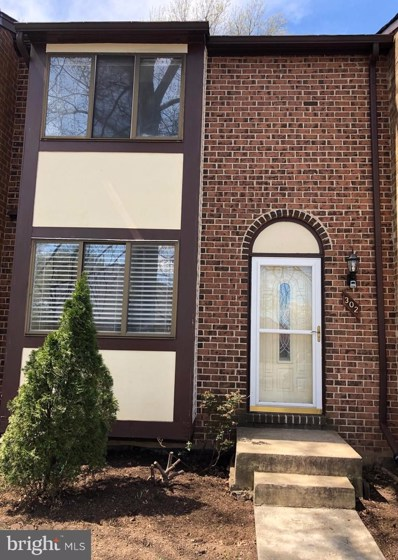 302 Giles Place, Sterling, VA 20164 - #: VALO381326