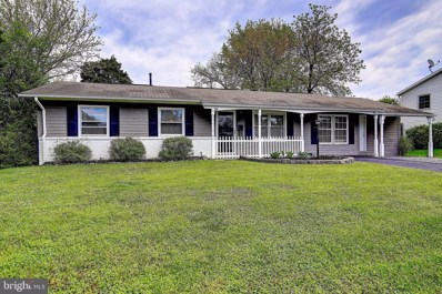 300 W Beech Road, Sterling, VA 20164 - #: VALO382336