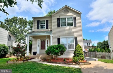 30 McPherson Circle, Sterling, VA 20165 - #: VALO385326
