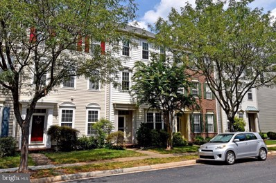 42814 Cedar Hedge Street, Chantilly, VA 20152 - #: VALO386800