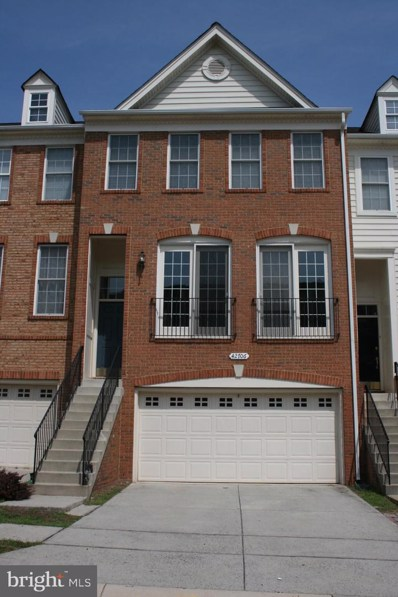 42706 Sandman Terrace, Chantilly, VA 20152 - #: VALO389386