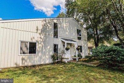 212 N Cottage Road, Sterling, VA 20164 - #: VALO395234