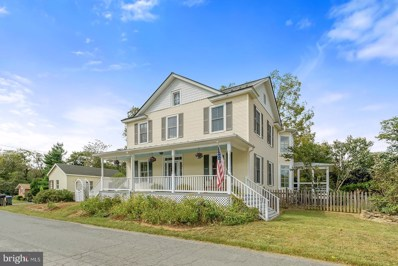 15 High Street, Round Hill, VA 20141 - #: VALO395262