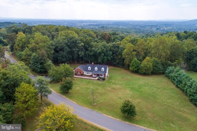 18180 Turnberry Drive, Round Hill, VA 20141 - #: VALO396258