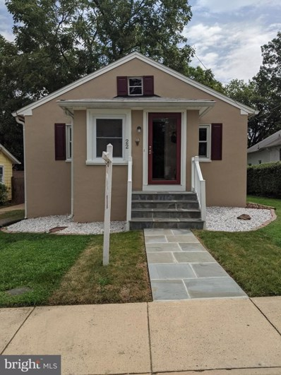 22 Pershing Avenue NW, Leesburg, VA 20176 - #: VALO402098
