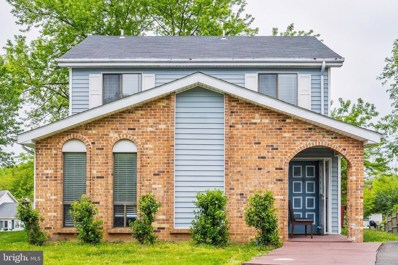 411 Hummer Court, Sterling, VA 20164 - #: VALO411146