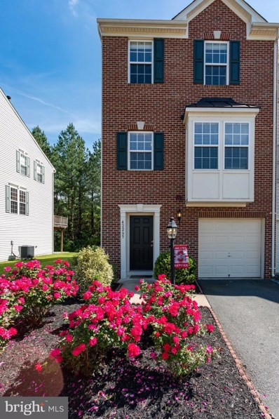 42265 St Huberts Place, Chantilly, VA 20152 - MLS#: VALO411864