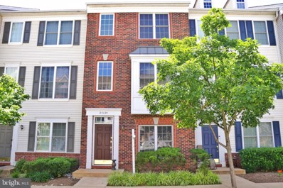 25129 McBryde Terrace, Chantilly, VA 20152 - #: VALO412738