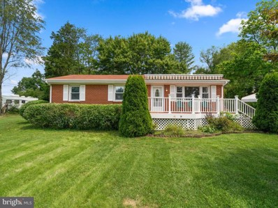 836 S 15TH Street, Purcellville, VA 20132 - #: VALO418388