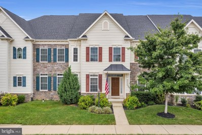 42562 Pine Forest Drive, Chantilly, VA 20152 - #: VALO421310