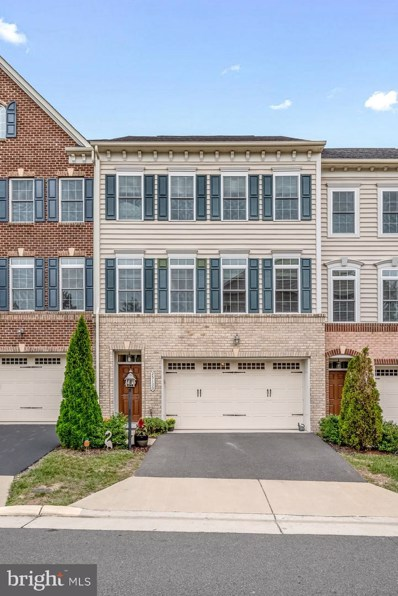 25130 Deerhurst Terrace, Chantilly, VA 20152 - #: VALO421588