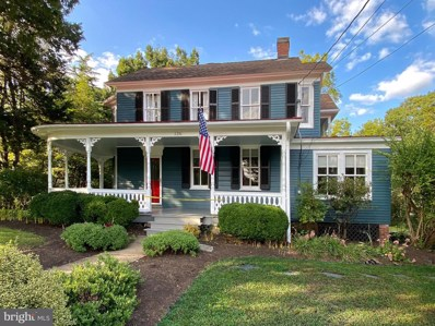 136 W Colonial Highway, Hamilton, VA 20158 - #: VALO421660