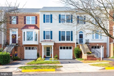 25529 Hussar Terrace, Chantilly, VA 20152 - #: VALO423648