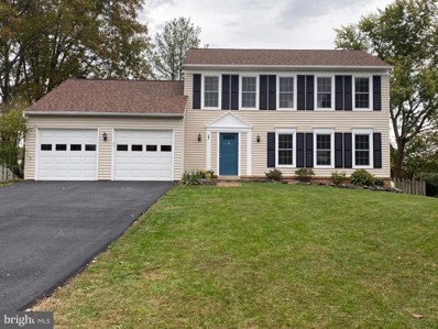 10162 Yorktown Way, Great Falls, VA 22066 - #: VALO423862
