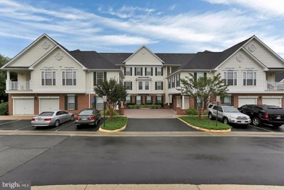 25340 Lake Mist Square UNIT 301, Chantilly, VA 20152 - #: VALO431340