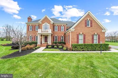 16748 Chestnut Overlook Drive, Purcellville, VA 20132 - #: VALO435274