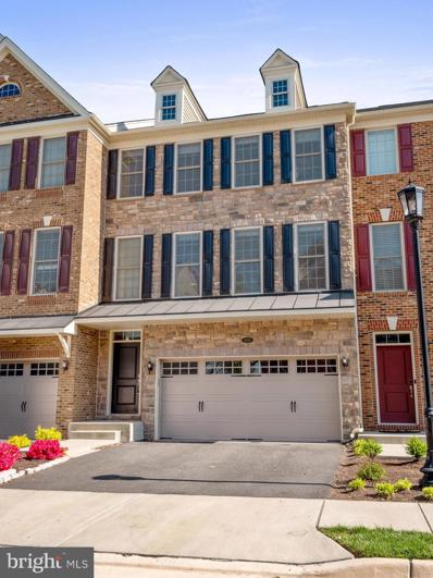 25016 Cambridge Hill Terrace, Chantilly, VA 20152 - #: VALO436566