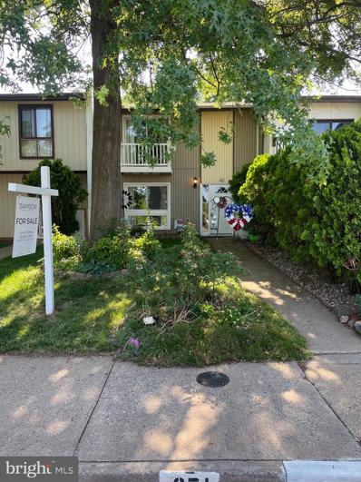 42 Howard Place, Sterling, VA 20164 - #: VALO440438