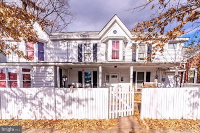 9206 Lee Avenue, Manassas, VA 20110 - #: VAMN138716