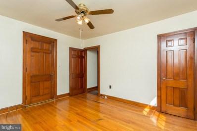 7 Bartlett Avenue, Luray, VA 22835 - #: VAPA2000298
