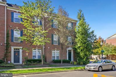 2235 Potomac Club Parkway UNIT 35, Woodbridge, VA 22191 - #: VAPW2010450